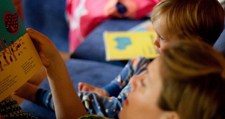 Что почитать ребенку на ночь